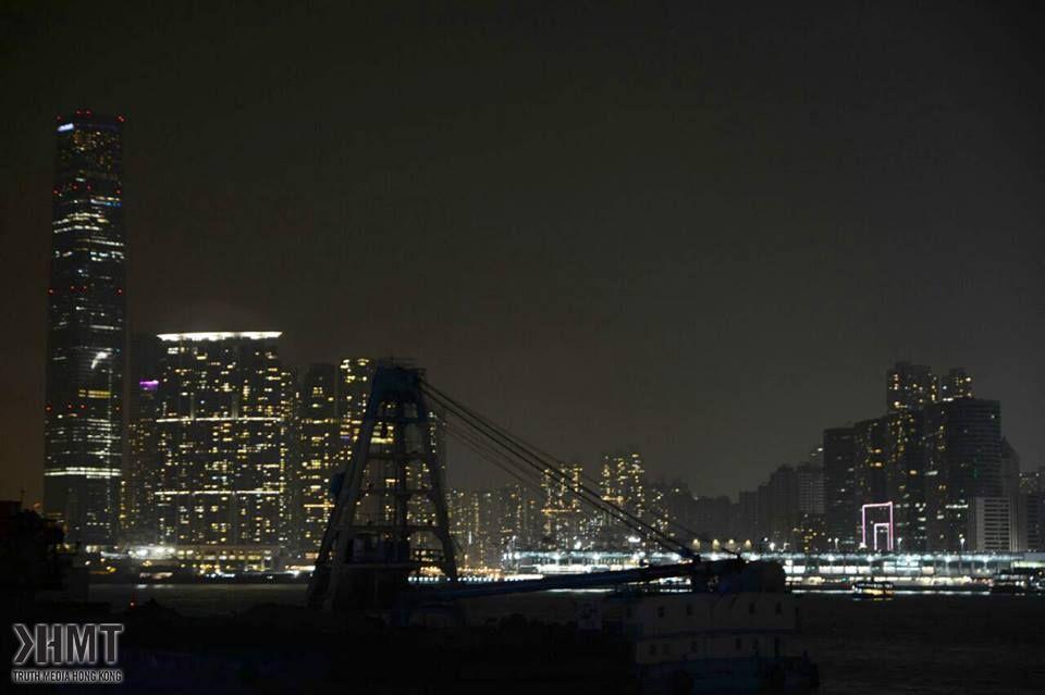 地球一小時 維港建築均響應