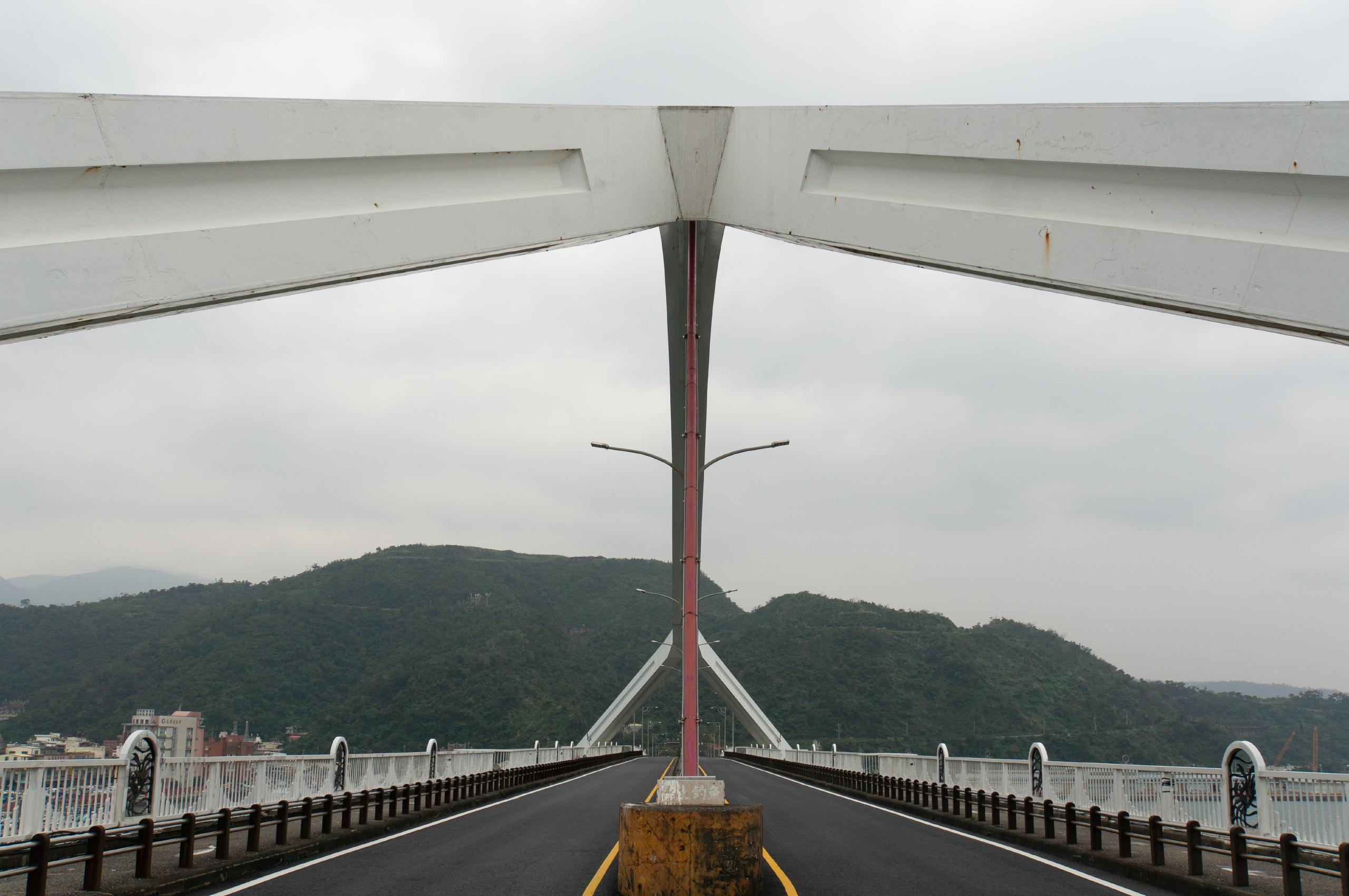 台灣宜蘭有大橋斷裂 壓毀多艘漁船多人受傷 | TMHK - Truth Media (Hong Kong)